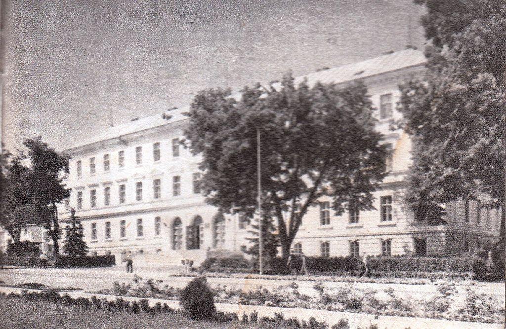 palatul-de-justitie-din-suceava-in-perioada-comunista