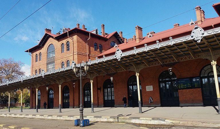 Clădire monument istoric: Gara din Suceava