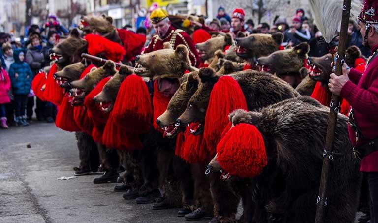 Tradiții de Anul Nou în Bucovina